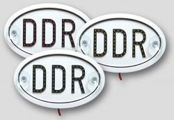 Originales DDR-Schild mit LEDs im PVC-Rahmen